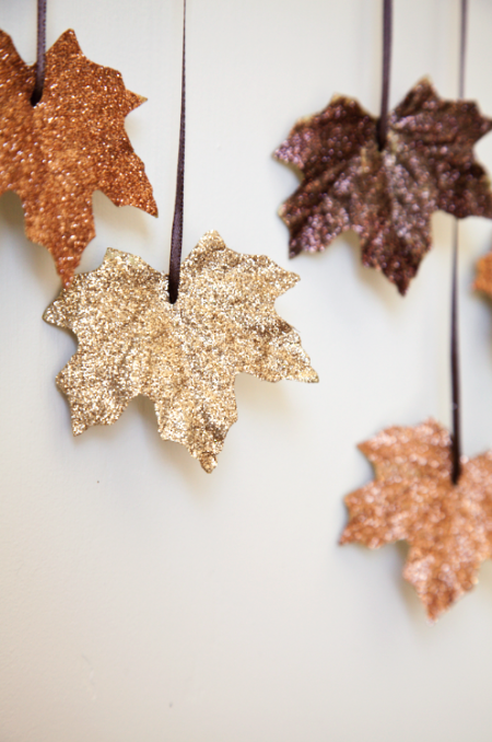 diy-falling-leaves-garland